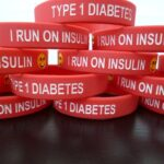 i run on insulin red wristband (1)