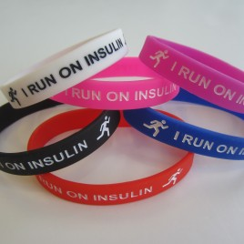 I RUN ON INSULIN WRISTBAND (ADULT)